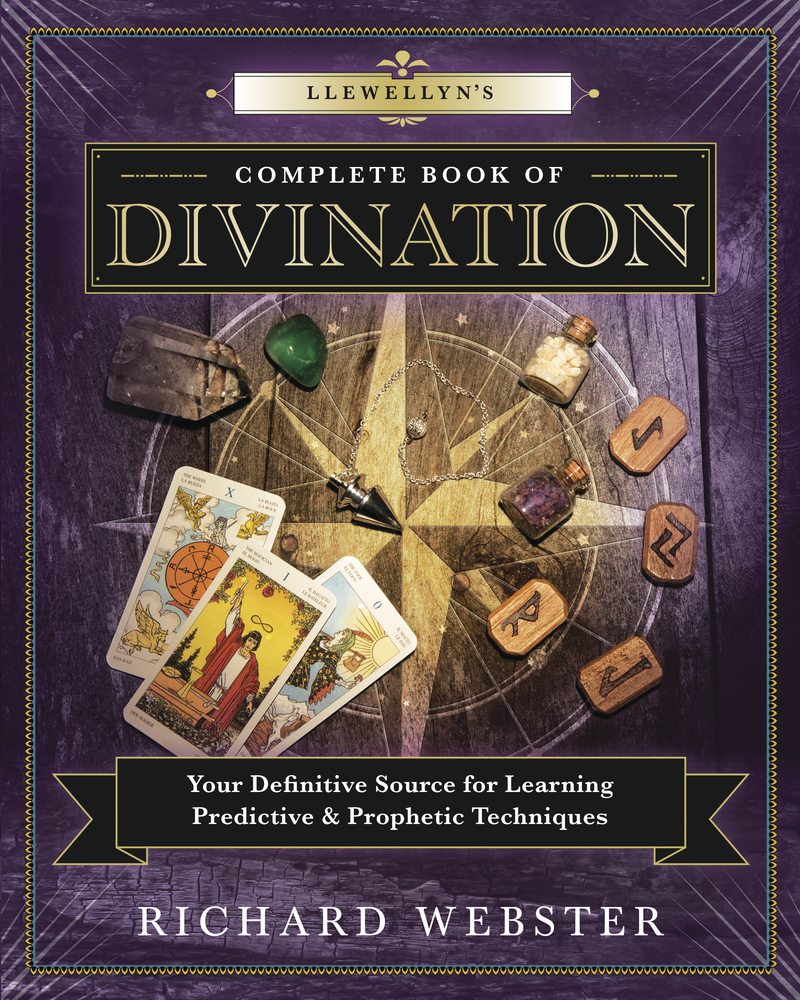 Llewellyn's Complete Book of Divination by Richard Webster - Paperback