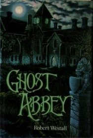 Ghost Abbey by Robert Westall - Paperback USED Scholastic Edition