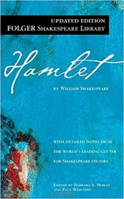 Hamlet (Folger Library Shakespeare) Mass Market Paperback – by William Shakespeare